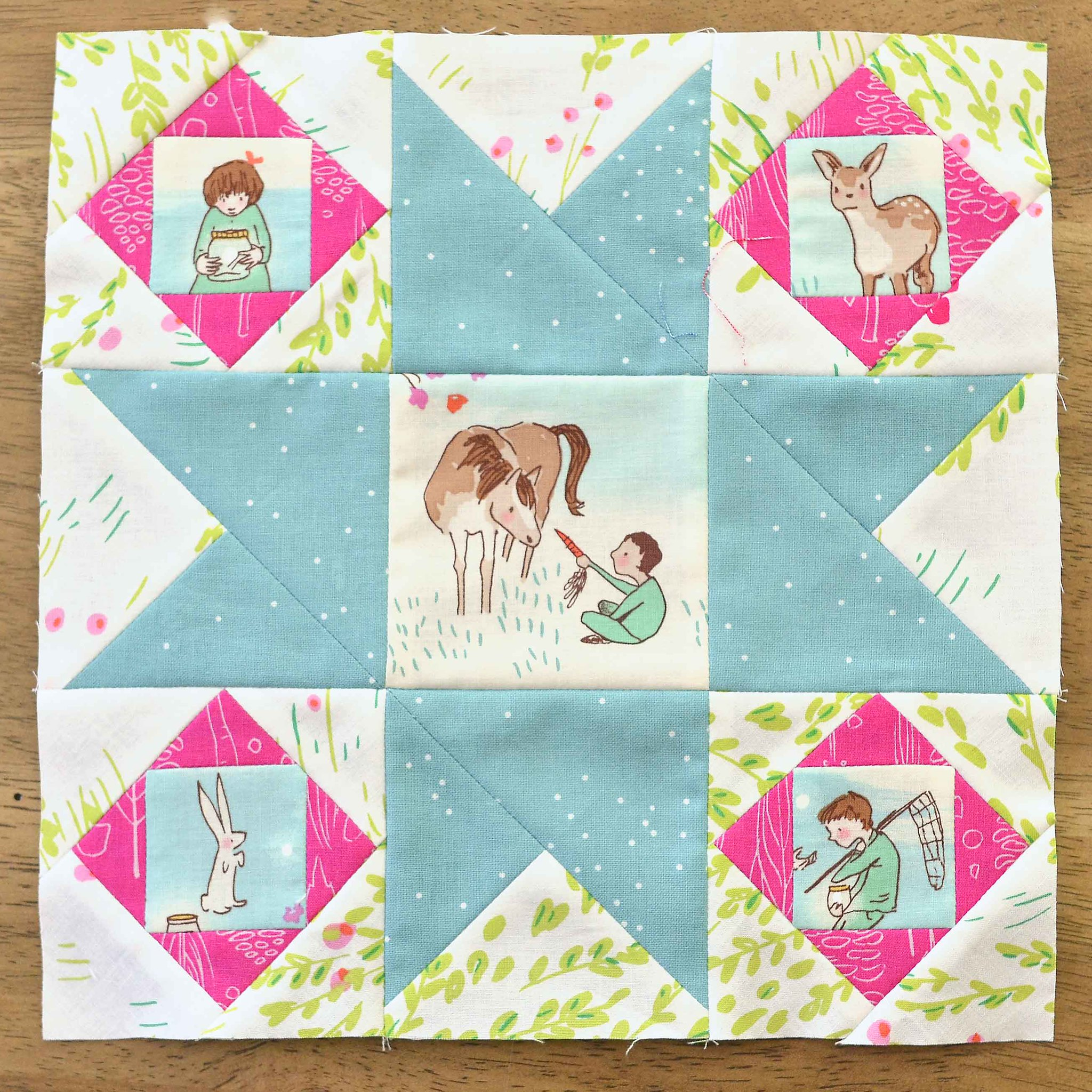 The Fussy Cut Sampler QAL Block 22