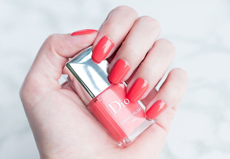 stylelab-dior-summer-2017-makeup-dior-vernis-445-coral-crush-swatches