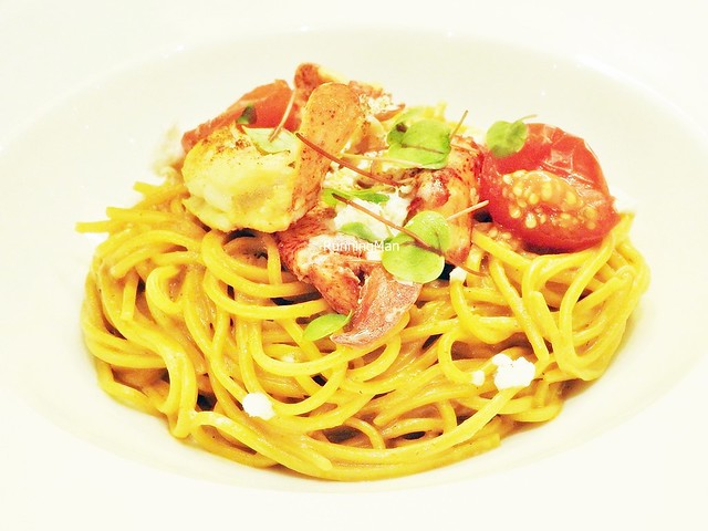 Spaghetti Alla Chitarra With Lobster, Cherry Tomatoes, And Tarragon