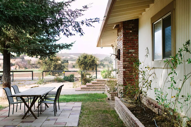 JOFS-house-exterior