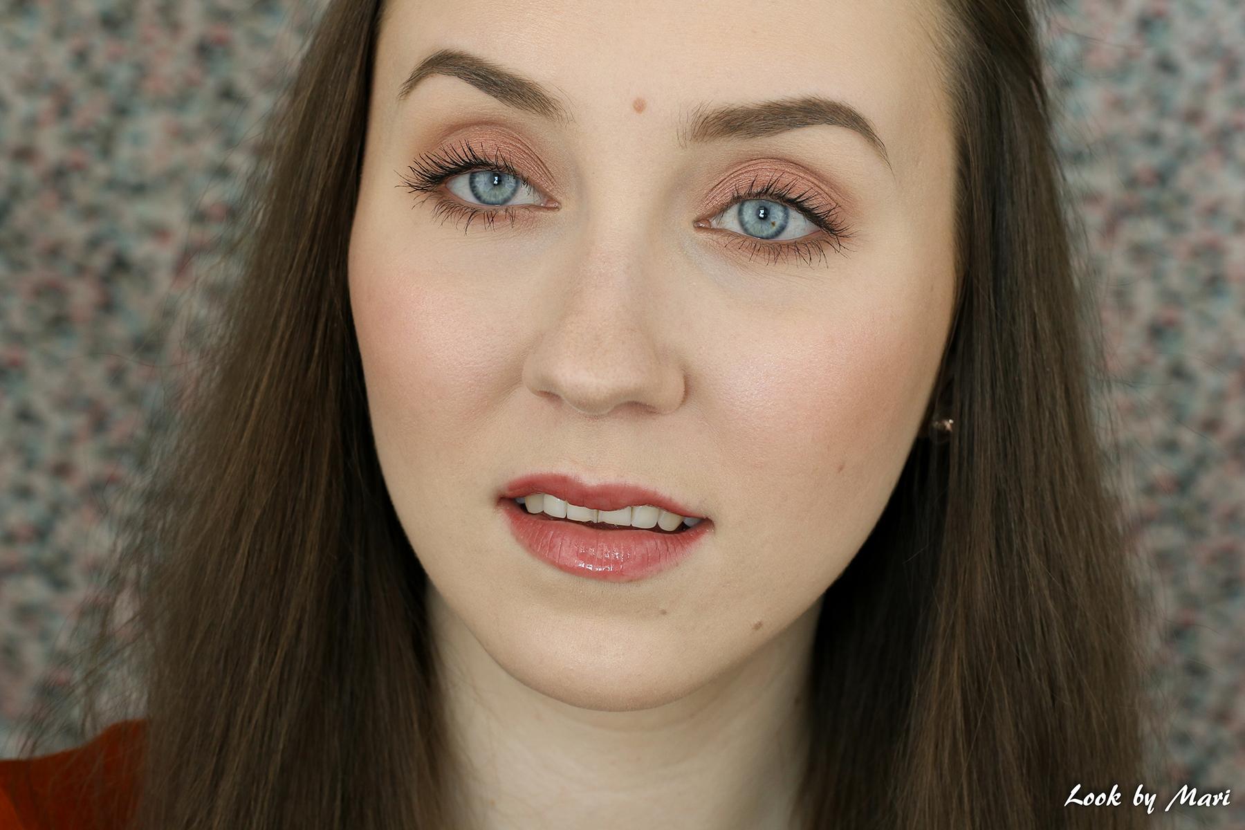 5 luonnollinen helppo nopea meikki silmämeikki blogi vaalealle iholle