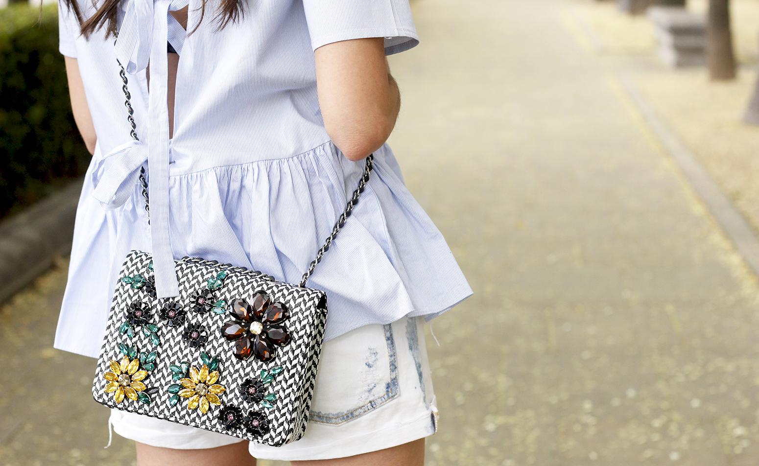 blue light striped shirt denim shorts uterqüe jewel bag accessories summer outfit12