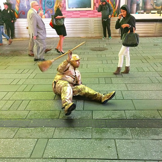#throwback: a street performer in Times Square, 2015.