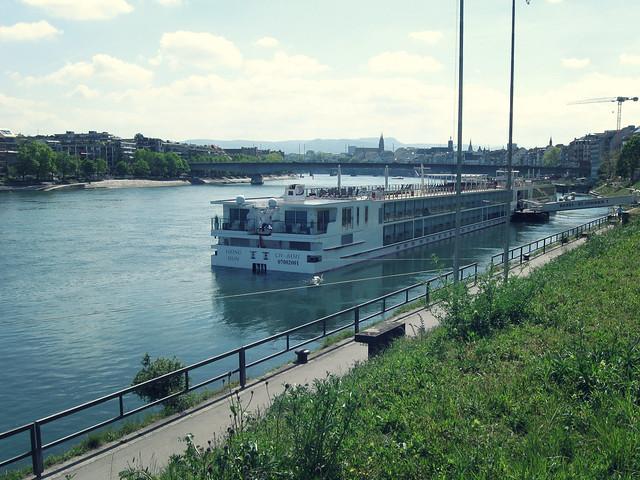 St. Johanns-Rheinweg