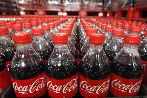 Allarme allergeni nella Coca Cola, ritirate bottiglie prodotte a Caserta