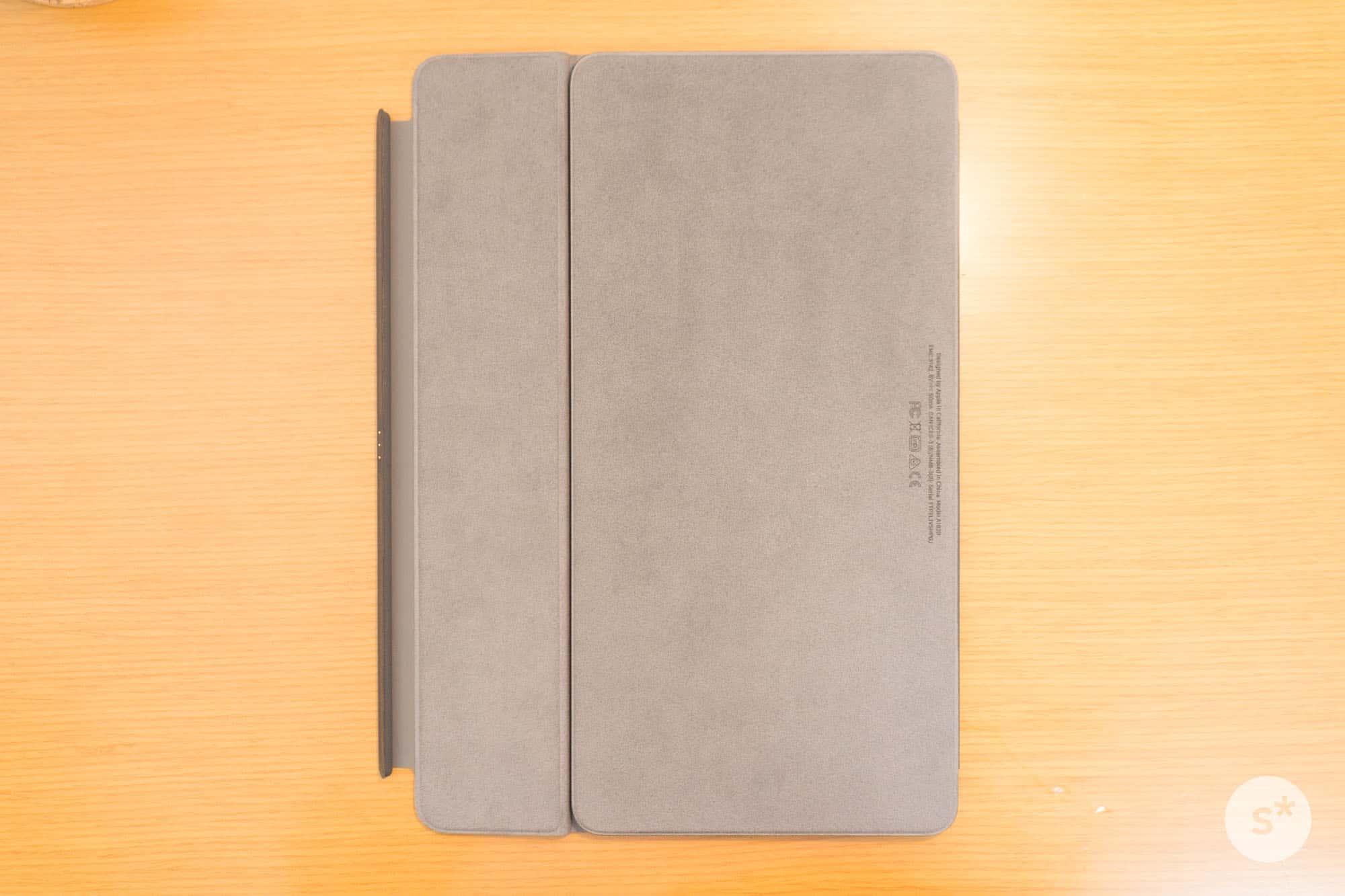 smart-keyboard-rear