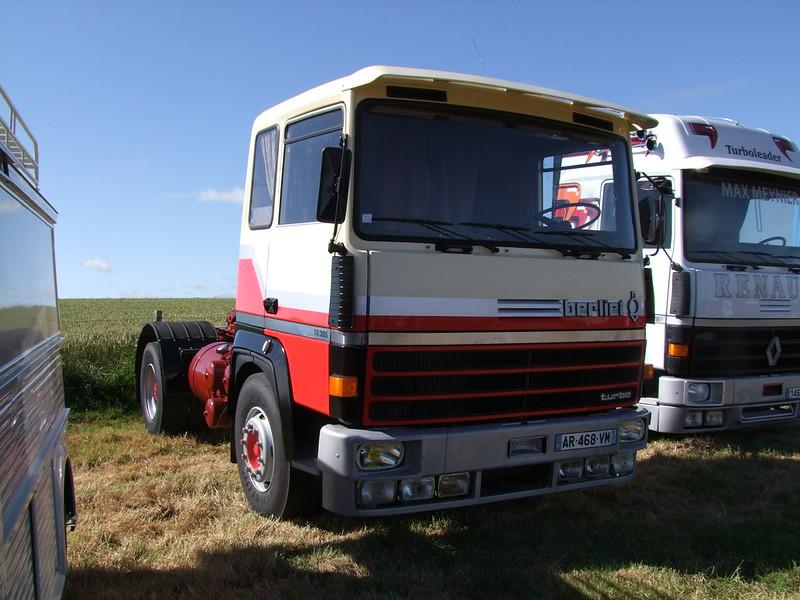 Rassemblement de camions anciens en Normandie 35155433790_dbd6a3fa93_c