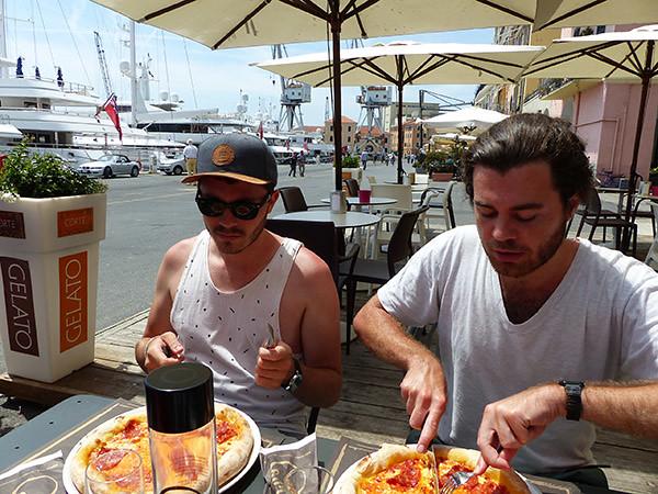 deux pizze