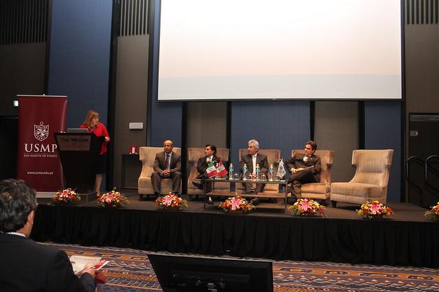 Facultad de Medicina Humana realizó el lanzamiento del primer Centro de Investigación de Medicina de Precisión. Pionero en el Perú y América del Sur.