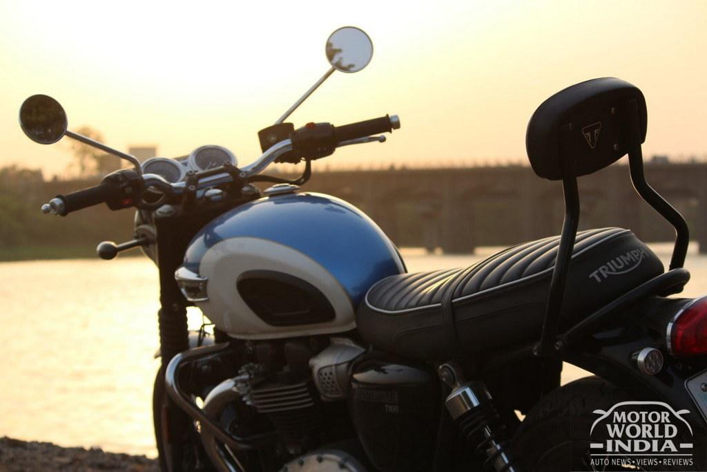 Triumph-Bonneville-T100 (8)