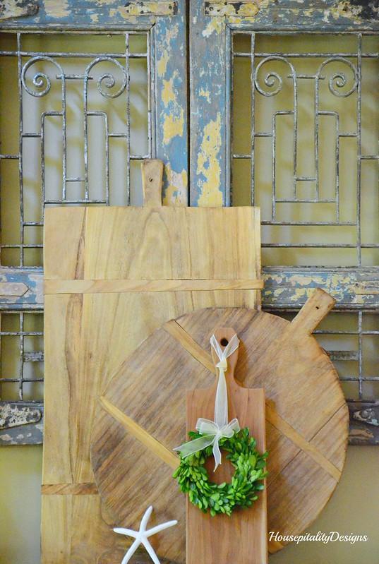 Breadboards-Summer Mantel-Housepitality Designs