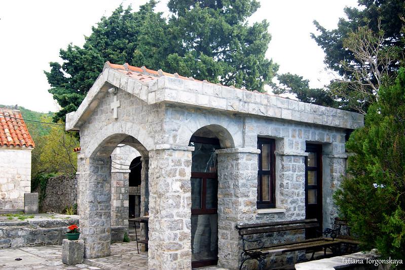 Здание монастырской лавки