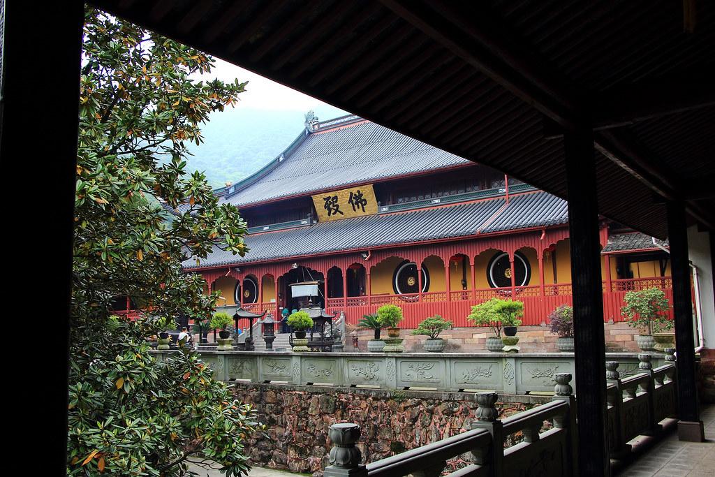 座落在距寧波市東方25公里的太白山麓上的天童禪寺。圖片來源:Daoan(CC BY-NC-ND 2.0)。