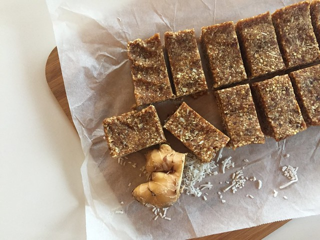 Ginger, coconut and cashew bars