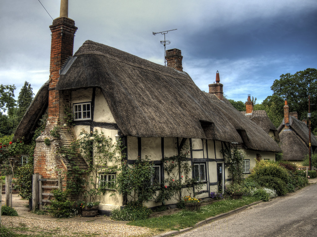 Thatched Cottage In Wherewell Hampshire Thatched