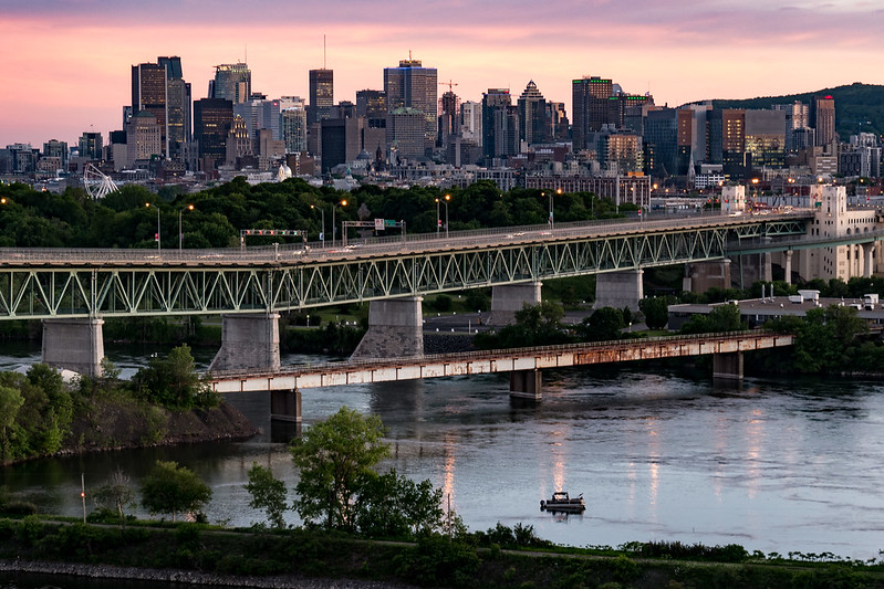 Sur les toits de Montréal 35148464152_8af0f02e2e_c