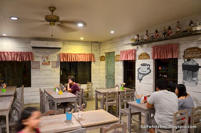 halfwhiteboy - ted's kitchen, sta cruz, laguna 04