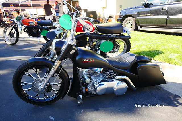 Custom Motorcycle by Dave Miller Concepts at Brad Boyle Motorsports BBQ for Boys Republic