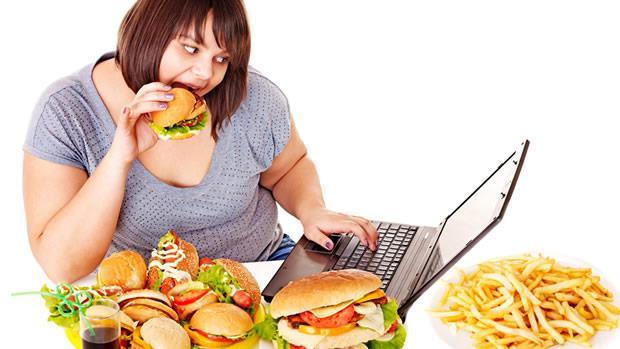 十大死因中有四項與代謝相關,三高的危險因子是高血壓跟高血脂和高血糖。氦氖靜脈雷射有效減少高血壓心臟病,穩定血糖跟壞膽固醇排除。代謝三高就靠氦氖靜脈雷射