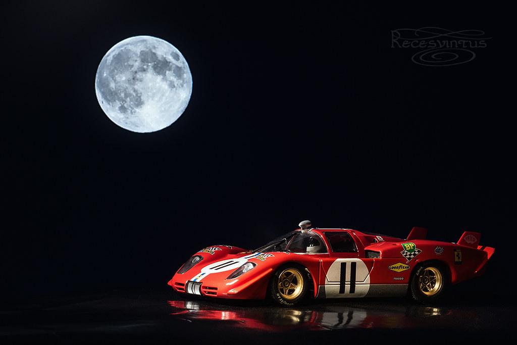 Aullando a la luna./ Howling At The Moon. | Música (abrir ...  Aullando a la l...
