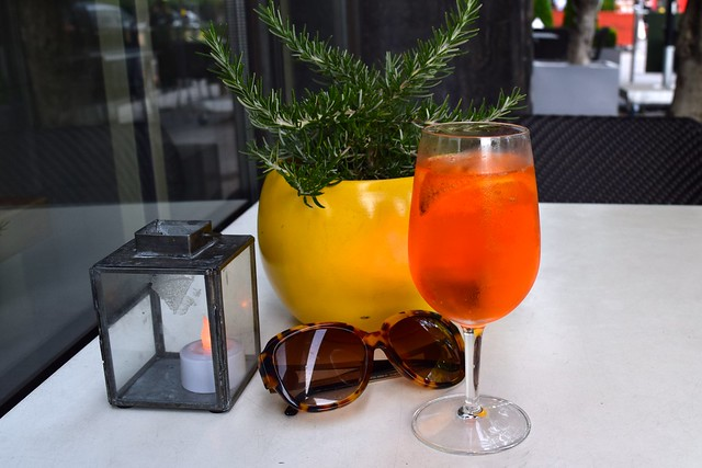Aperol Spritz at Mercante, Mayfair | www.rachelphipps.com @rachelphipps