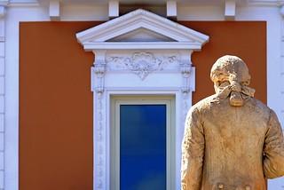 Noicattaro. Mostra Luigi Grande front
