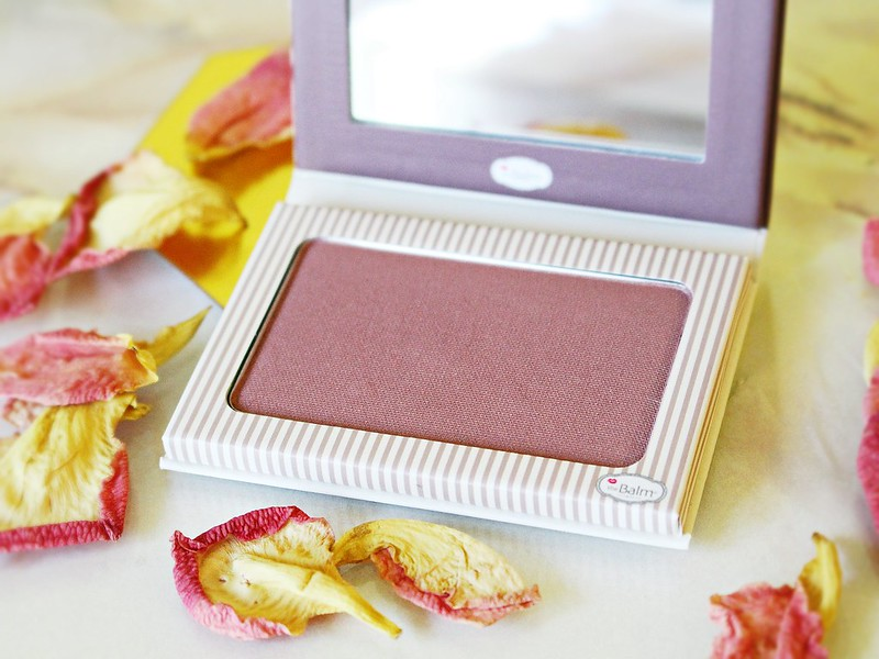 theBalm Instain Pinstripe