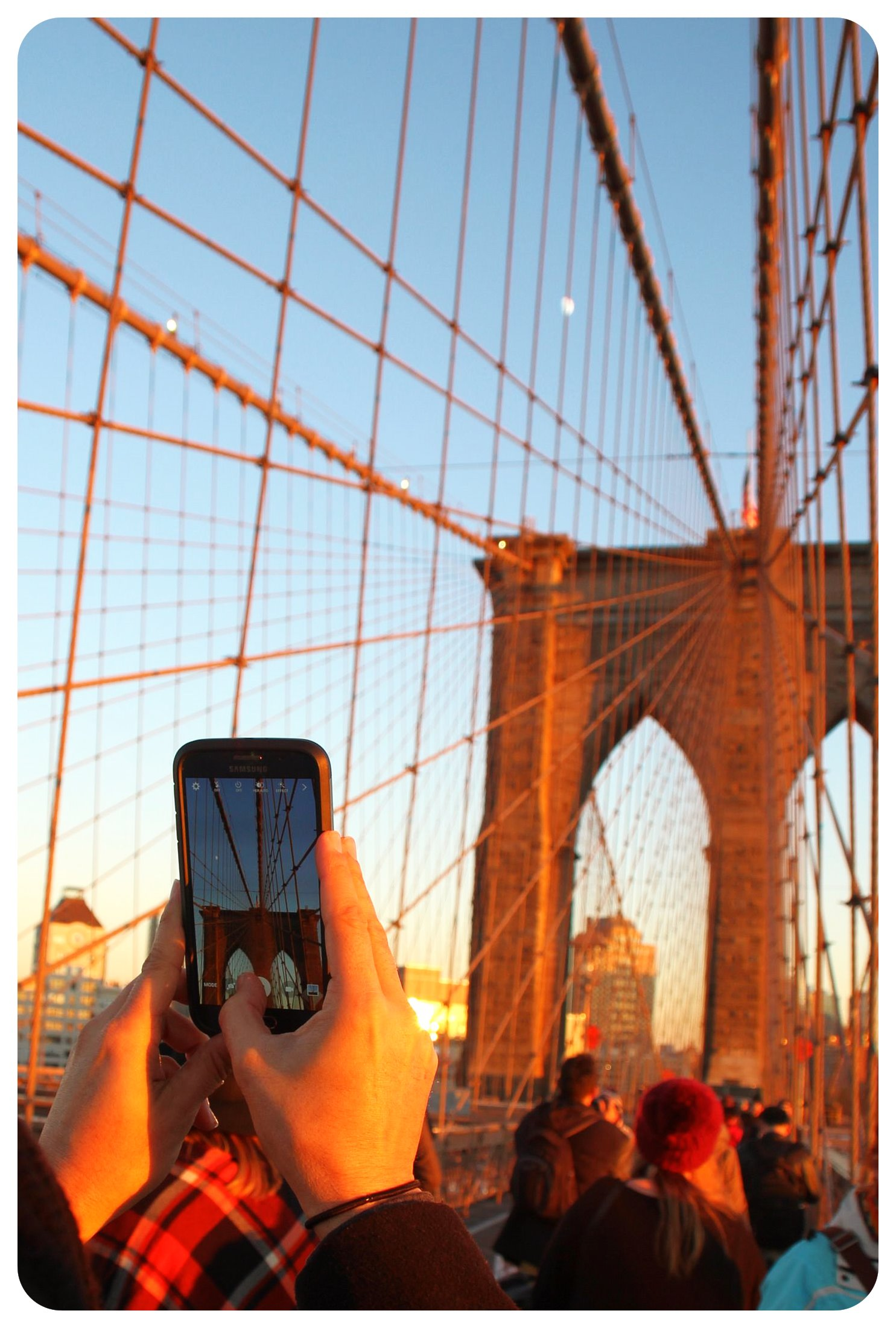 brooklyn bridge walk phone