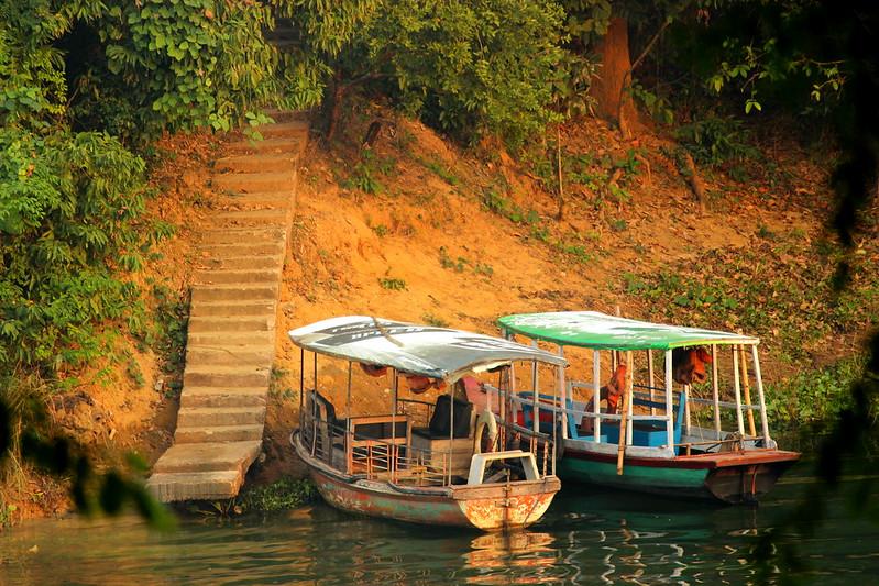Cruising Boats