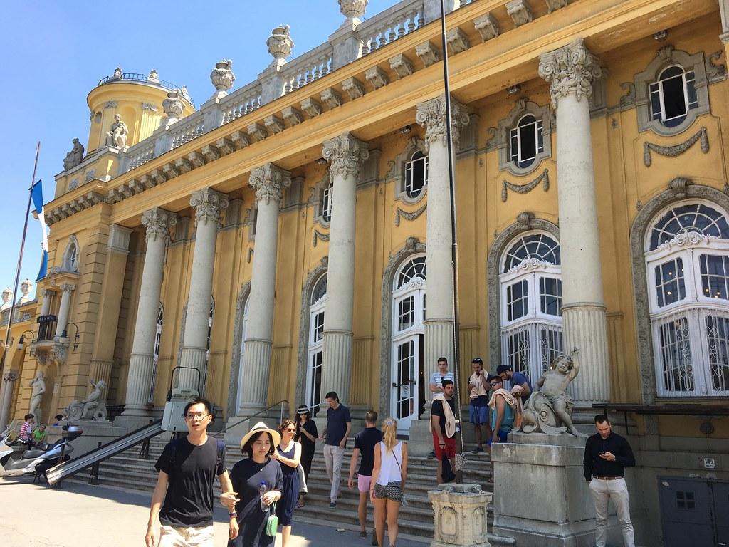 Budapestin kylpyläkokemuksia, Budapest Spa,