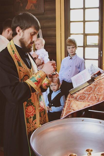 Крещальная Литургия в День Святой Троицы 4 июня 2017
