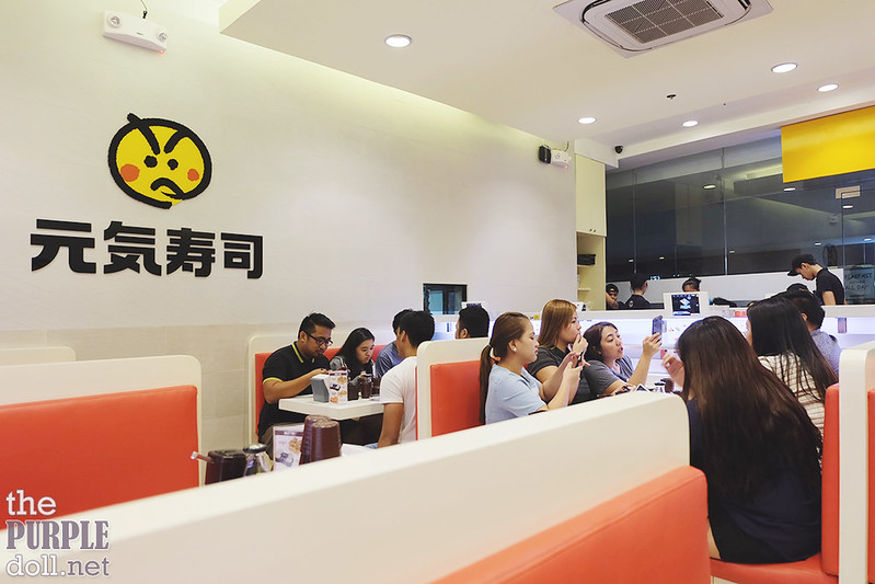 Genki Sushi Interior BGC Stopover