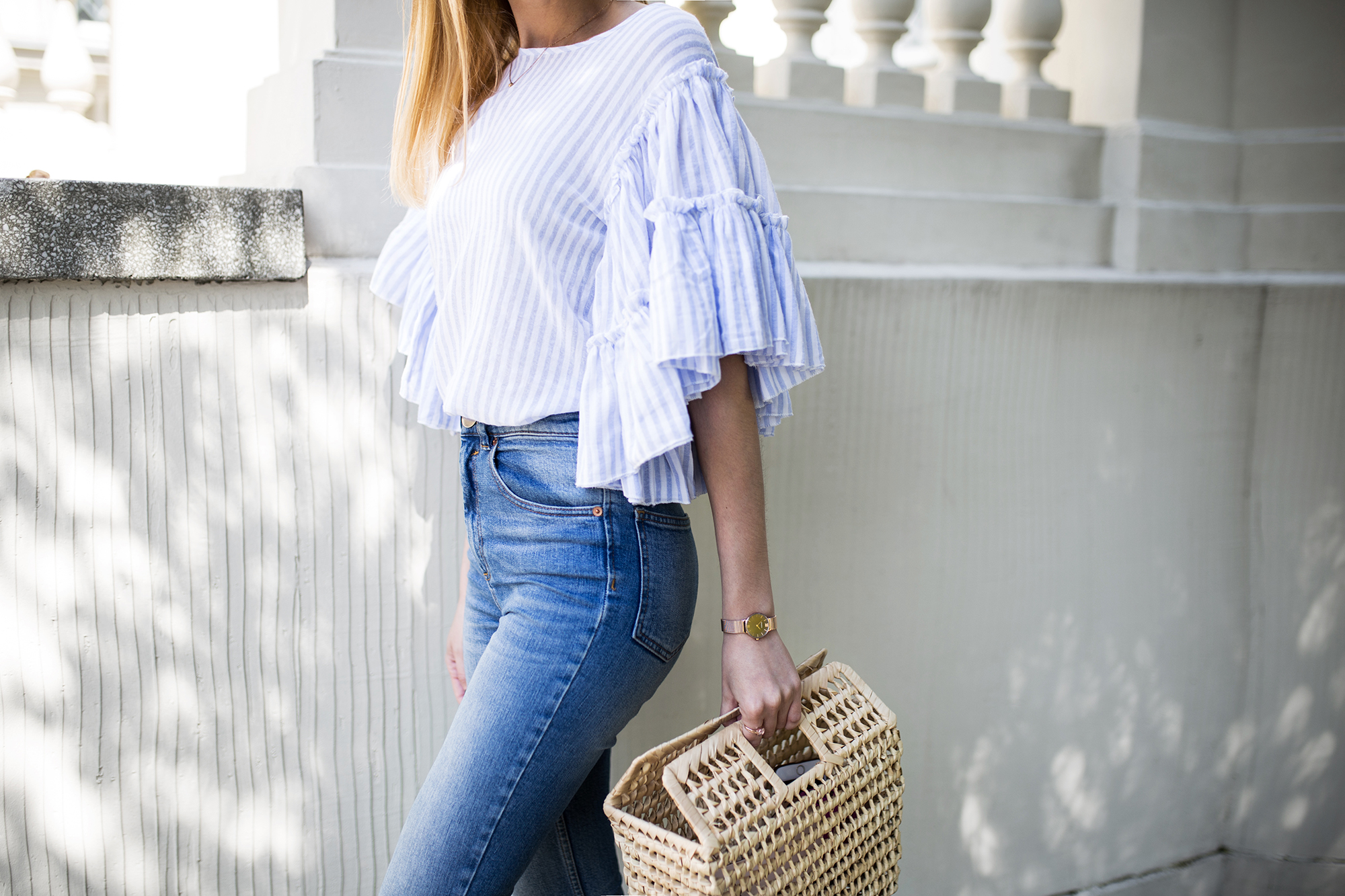 fashion-blogger-street-style-outfit-sripes-ruffles