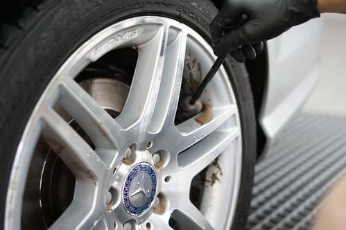 DSC00879 輪框刷清潔輪框內圈