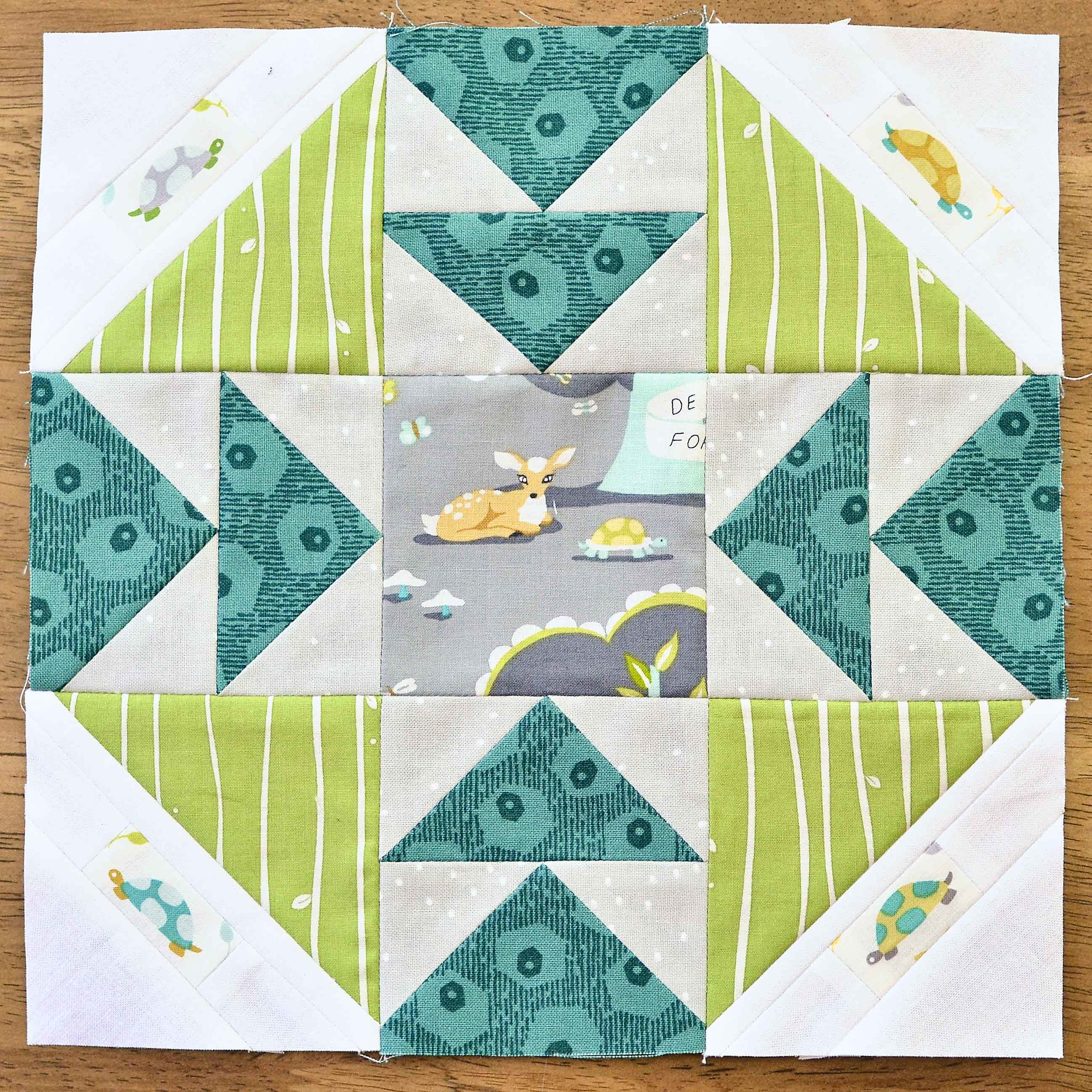 The Fussy Cut Sampler QAL Block 28