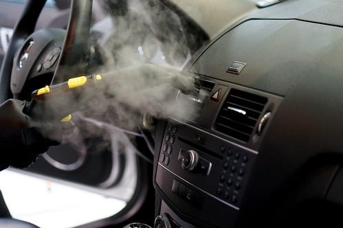 DSC01033 車內蒸氣殺菌除味