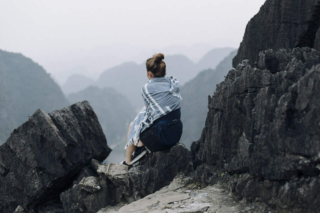 Tam_Coc_15, Ninh Binh and Tam Coc National Park, a Photo and Travel Diary by the Blog The Curly Head, Photography by Amelie Niederbuchner,
