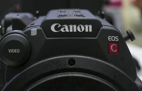 Canon EOS C200 詳細画像