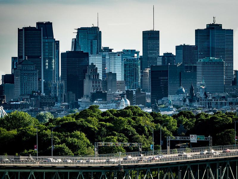 Sur les toits de Montréal 35148465592_34bc4af2ae_c