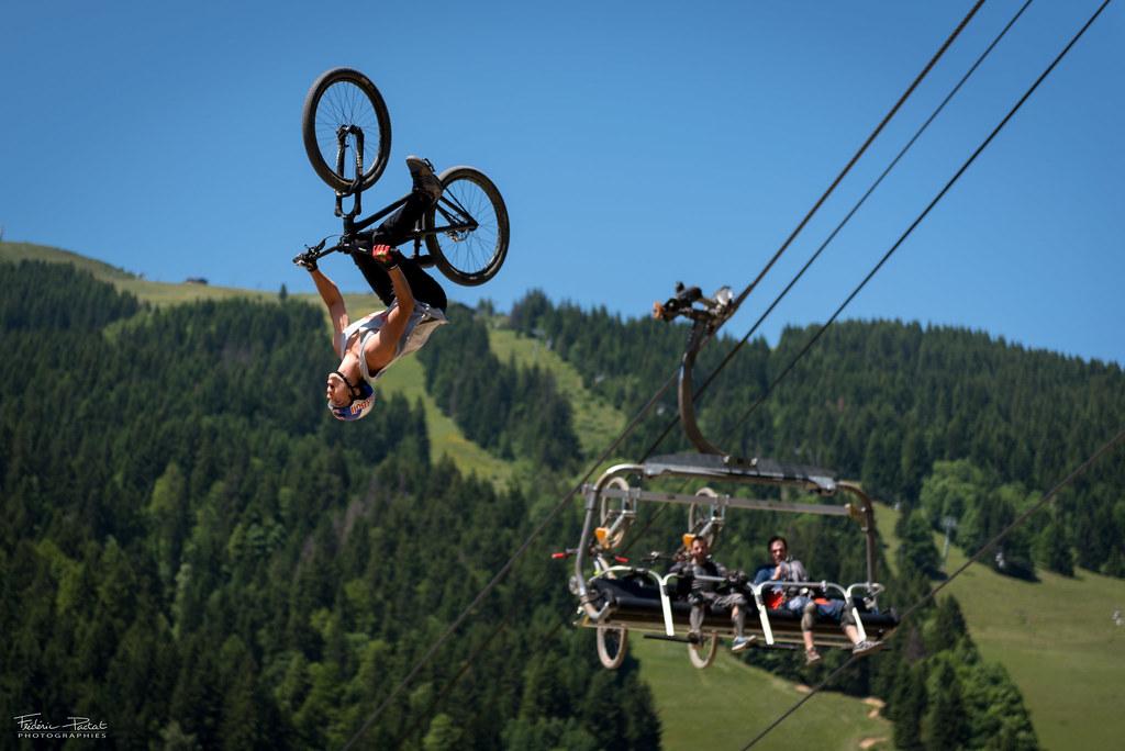 Des sauts pour le moins aériens
