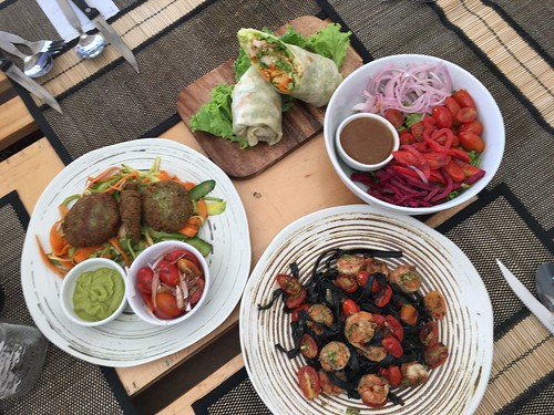 今日のサムイ島 6月28日 ヘルシーフードレストラン Shake It - グルテンフリー、ヴィガーン、ベジタリアン