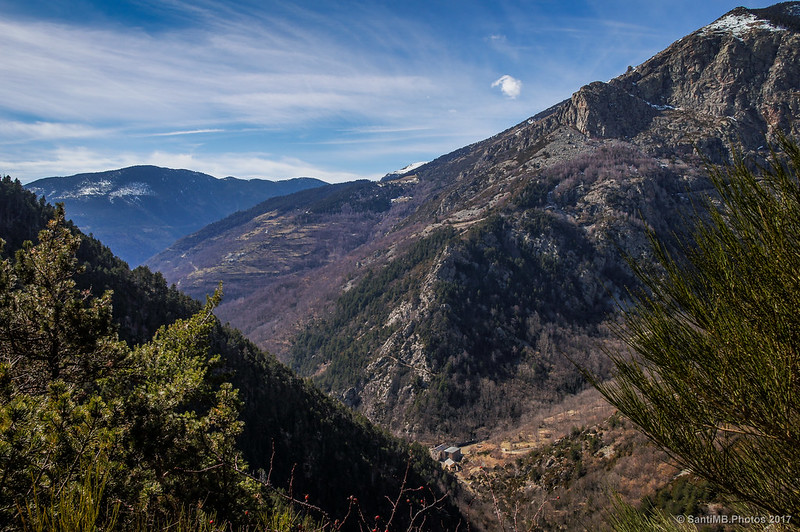 Vistas de la Vall de Ribes desde el Solell de les Artigues