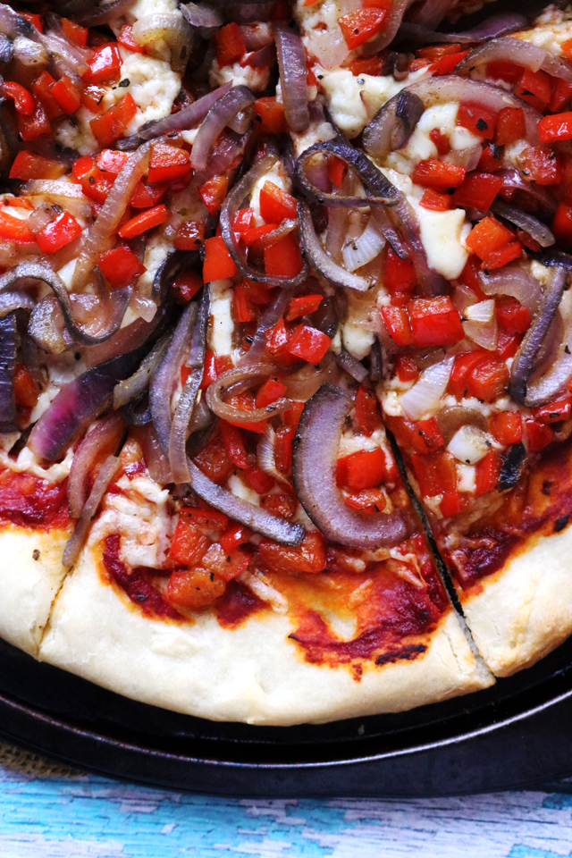 Cheesy Vegetarian Fajita Pizza with Peppers and Onions