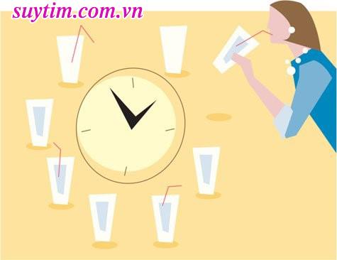 Sau đặt stent mạch vành, nên uống 9 – 10 ly nước mỗi ngày