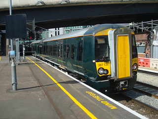 GWR class 387 electric multiple unit at London Paddington