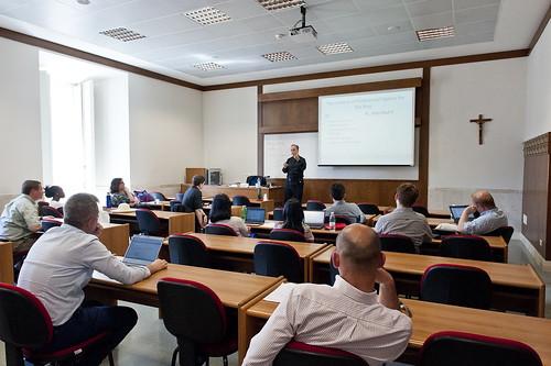 """Seminario su """"Economia e Dottrina Sociale della Chiesa"""""""