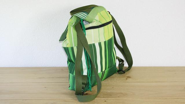 groene rugzak van rolgordijnen