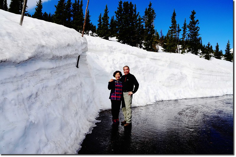 Snow wall along Trail Ridge Road 2