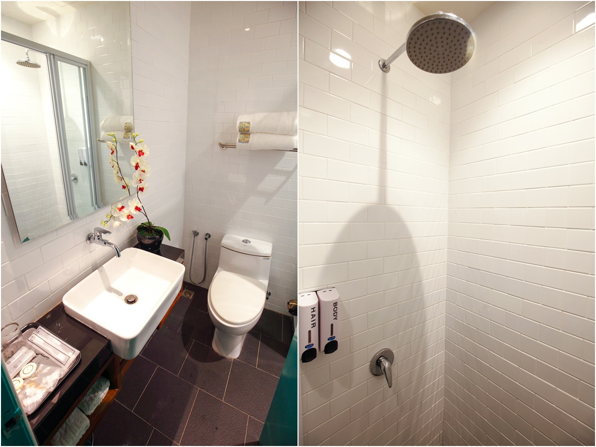 Kapitan Kongsi Hotel Melaka Toilet Bathroom