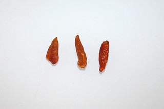 05 - Zutat getrocknete Chilis / Ingredient dried chilis